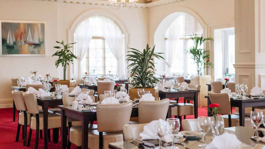 headland hotel romanoff restaurant