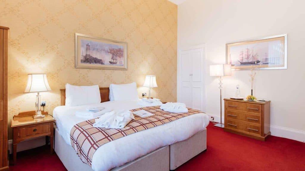 Royal-Suites-Hotel-Headland-Torquay-E