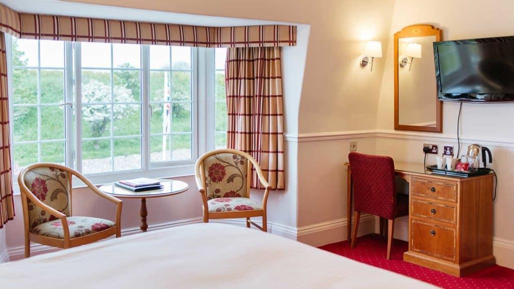 Club-Room-Bathroom-TV-Headland-Hotel-Torquay